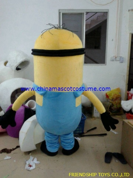 Minion cartoon mascot costume