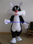 Sylvester the Cat in Loony Tunes mascot costume